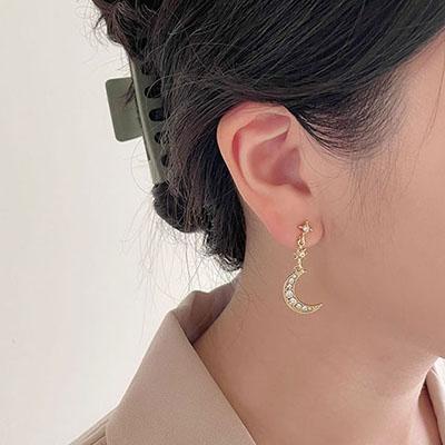 針式耳環 - 閃耀星星月亮鑲鑽耳環 - 金色 - 飾品調色盤 | 迪希雅 deesir