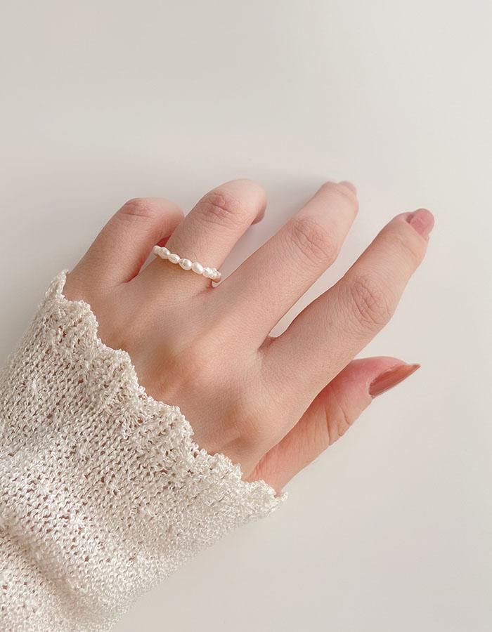 單戒指 - 珍珠串鍊條設計戒指 - 飾品調色盤 | 迪希雅 deesir