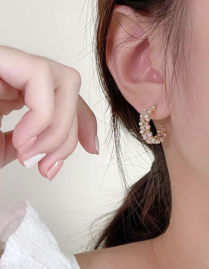 針式 - 輕奢珍珠交錯環形耳環 - 飾品調色盤   迪希雅 deesir