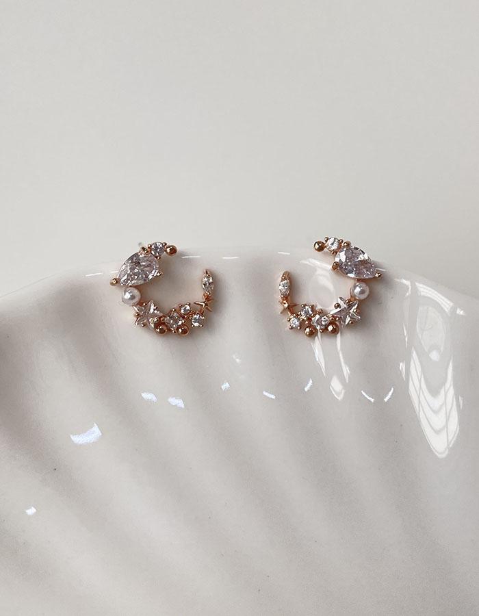 針式 - 不對稱珍珠鑲鑽垂墜耳環 - 飾品調色盤 | 迪希雅 deesir