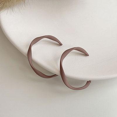 針式耳環 - 霧裸扭結C字耳環 - 飾品調色盤 | 迪希雅 deesir