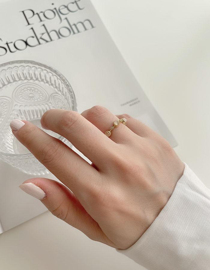 單戒指 - 貓眼石環繞可調式戒指 - 飾品調色盤   迪希雅 deesir