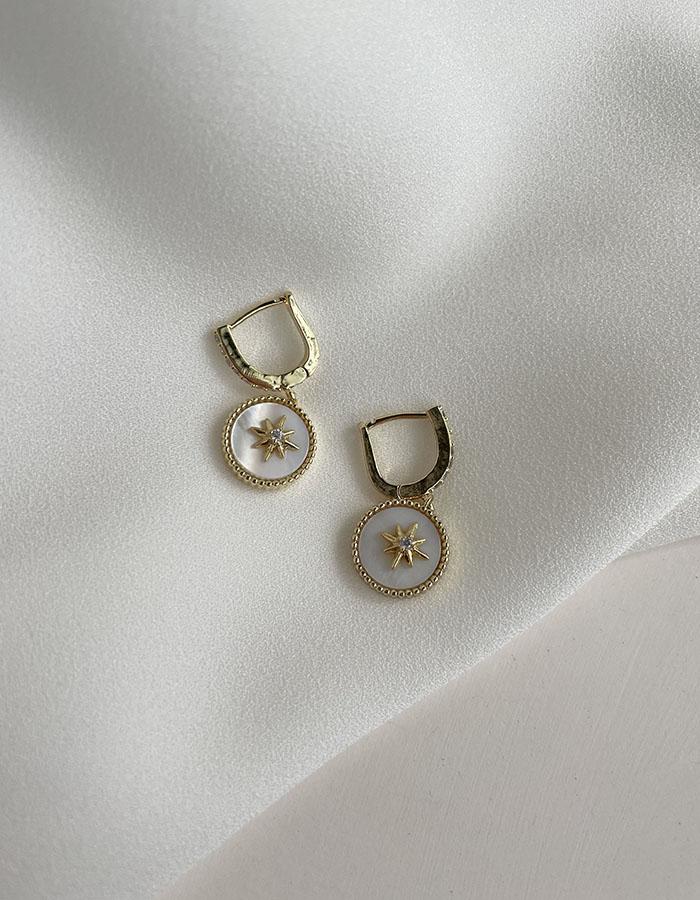 針式耳環 - 星芒圓形吊牌耳環 - 飾品調色盤 | 迪希雅 deesir