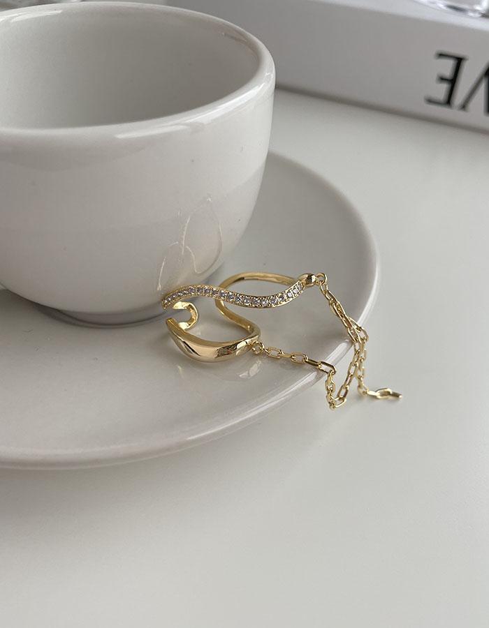 耳骨夾 - 設計感扭曲垂墜耳骨夾 - 飾品調色盤   迪希雅 deesir
