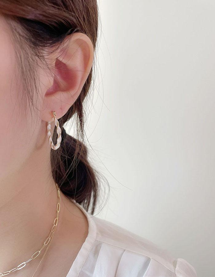 針式耳環 - 滴釉雙色麻花耳環 - 飾品調色盤 | 迪希雅 deesir