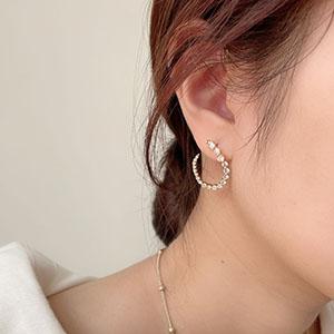 針式 - 漸變設計感鋯石耳環 - 飾品調色盤   迪希雅 deesir