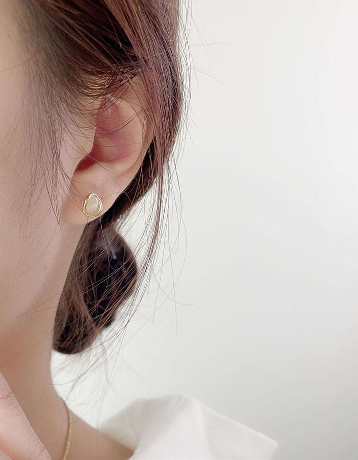 針式 - 透亮感貓眼石耳環 - 飾品調色盤 | 迪希雅 deesir