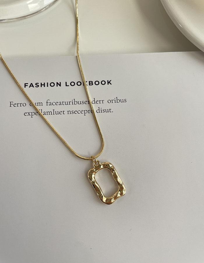 鎖骨鍊 中 - 簡約方形項鍊 - 飾品調色盤   迪希雅 deesir