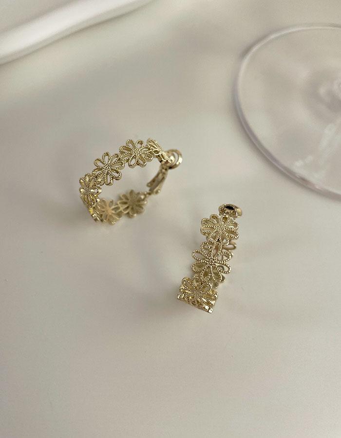 耳夾 - 鏤空花朵C型耳夾 - 飾品調色盤   迪希雅 deesir