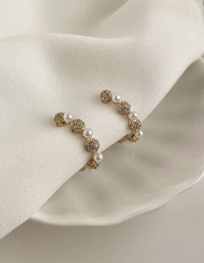 針式 - 珍珠鑽球交錯耳環 - 飾品調色盤 | 迪希雅 deesir
