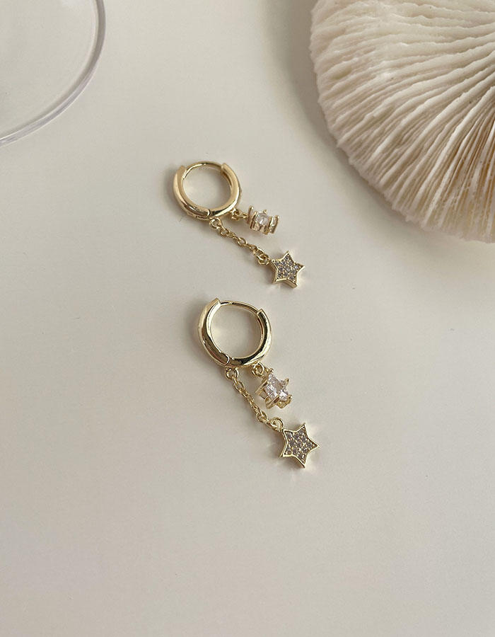 針式 - 星星鑲鑽垂墜耳環 - 飾品調色盤 | 迪希雅 deesir