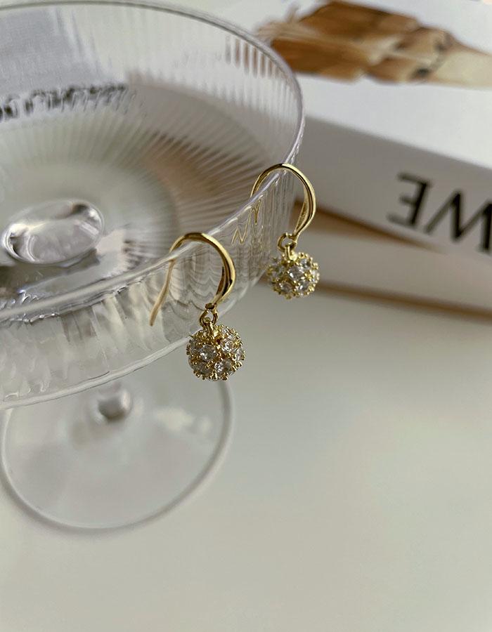 針式 - 小巧鋯石閃耀耳環 - 飾品調色盤   迪希雅 deesir